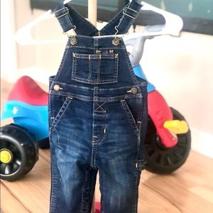 Baby GAP Like New Jean Overalls 6-12months 💙💙